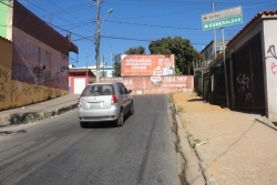 Outdoor, Mídia Exterior: Av. Rio Retiro, próx. à sub-prefeitura, saída frontal para Contagem.