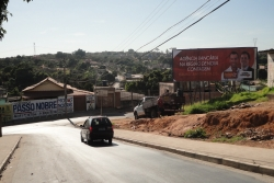 Outdoor, Mídia Exterior: Av. Rio Retiro, próx. ao Campo, entrada frontal para Nova Contagem