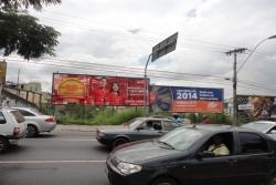 Outdoor, Mídia Exterior: Av. João César de Oliveira, próx. ao Bombeiros/Hospital e EXTRA Hipermercados