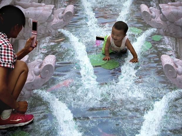 Contagem outdoor pinturas 3d china fonte Pinturas em 3D são atração em ponto turístico de Pequim   Outdoor em BH, Contagem, Betim   Contagem Outdoor